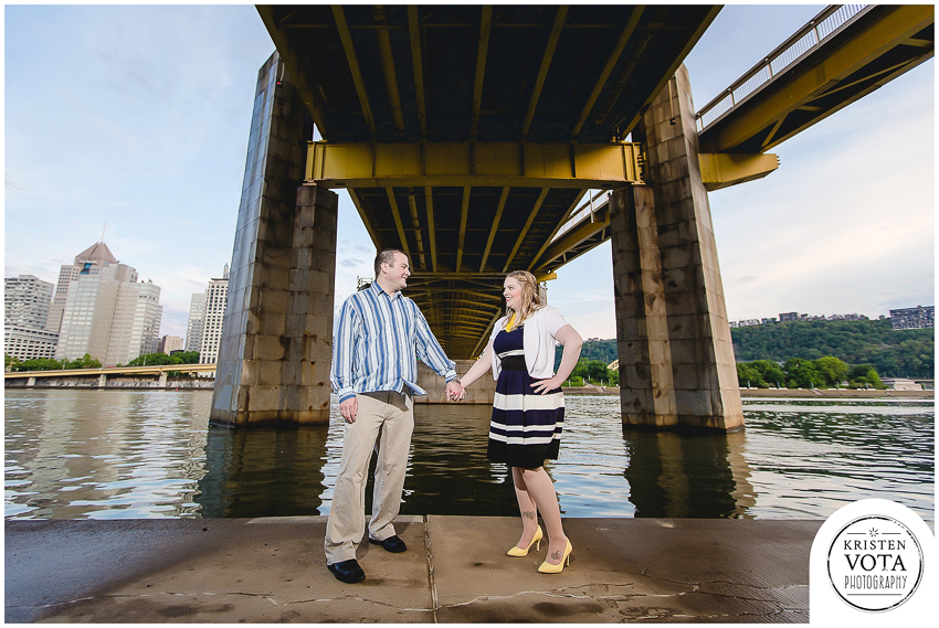 Pittsburgh engagement session on the North Shore