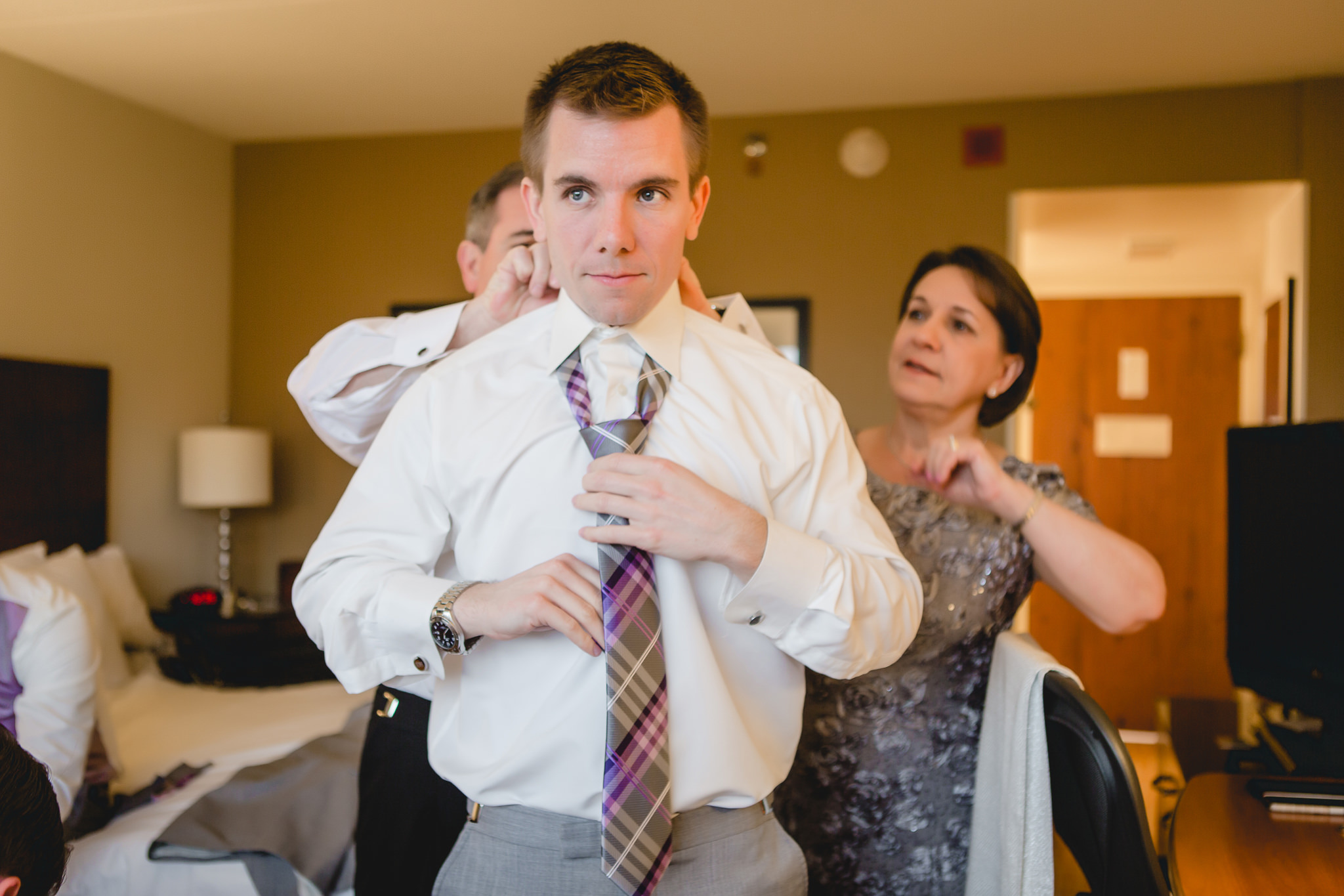 Groom getting ready at the Pittsburgh Airport Marriott