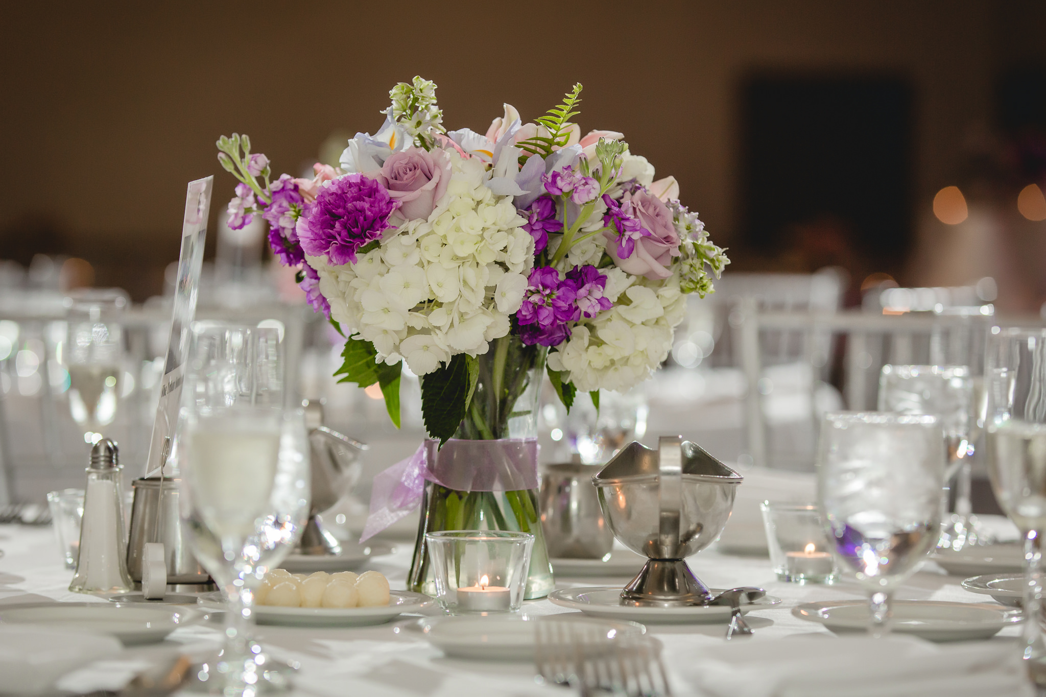 Carrie Anne Powell Floral Designs centerpiece at the Pittsburgh Airport Marriott