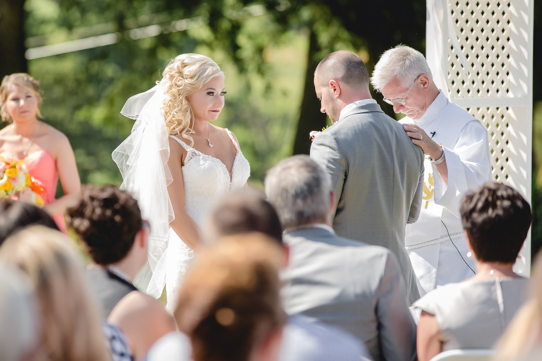 Bride says her vows at Linden Hall wedding ceremony