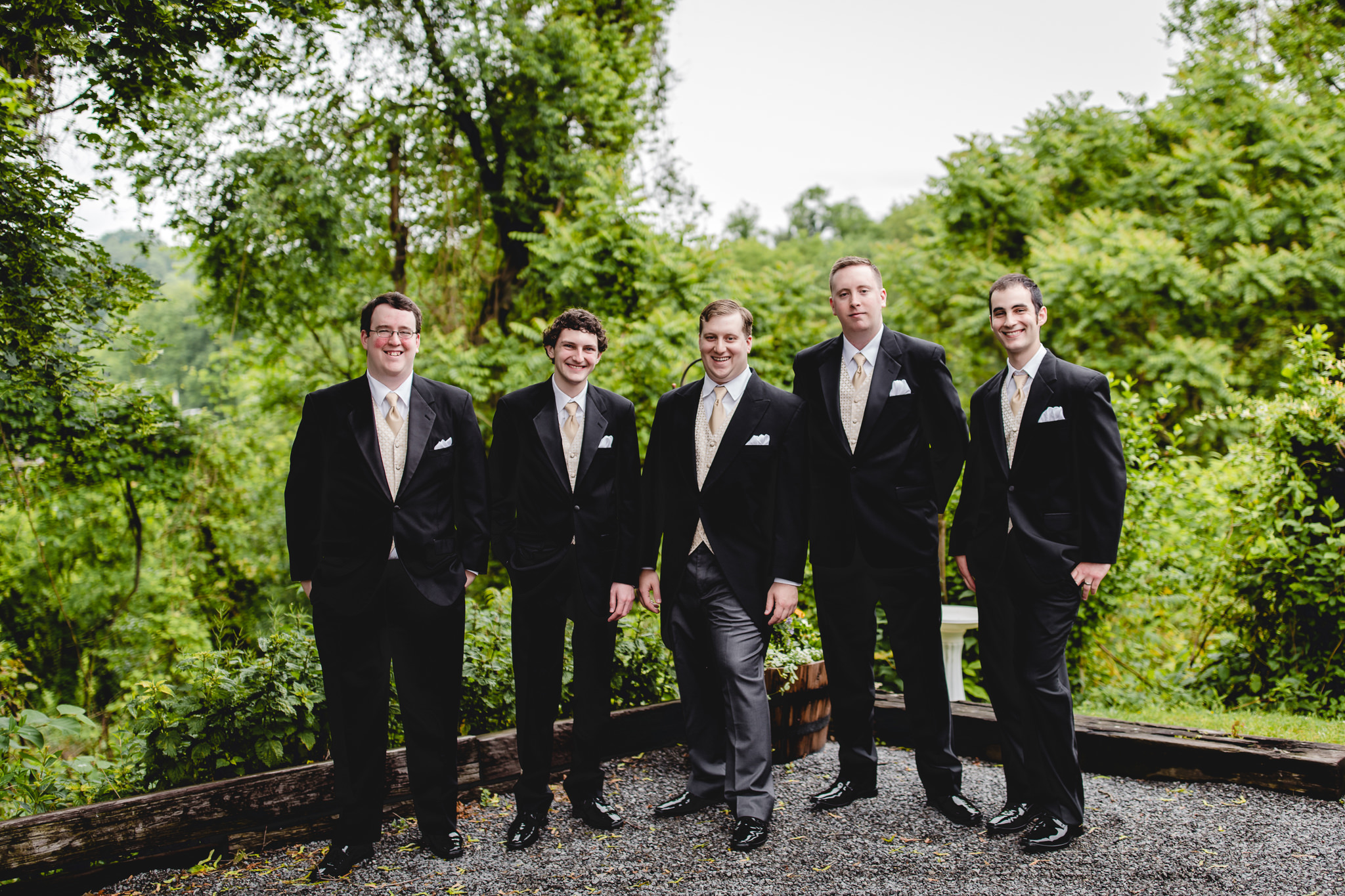 Groomsmen in tuxes from Men's Wearhouse before Shannopin Country Club wedding
