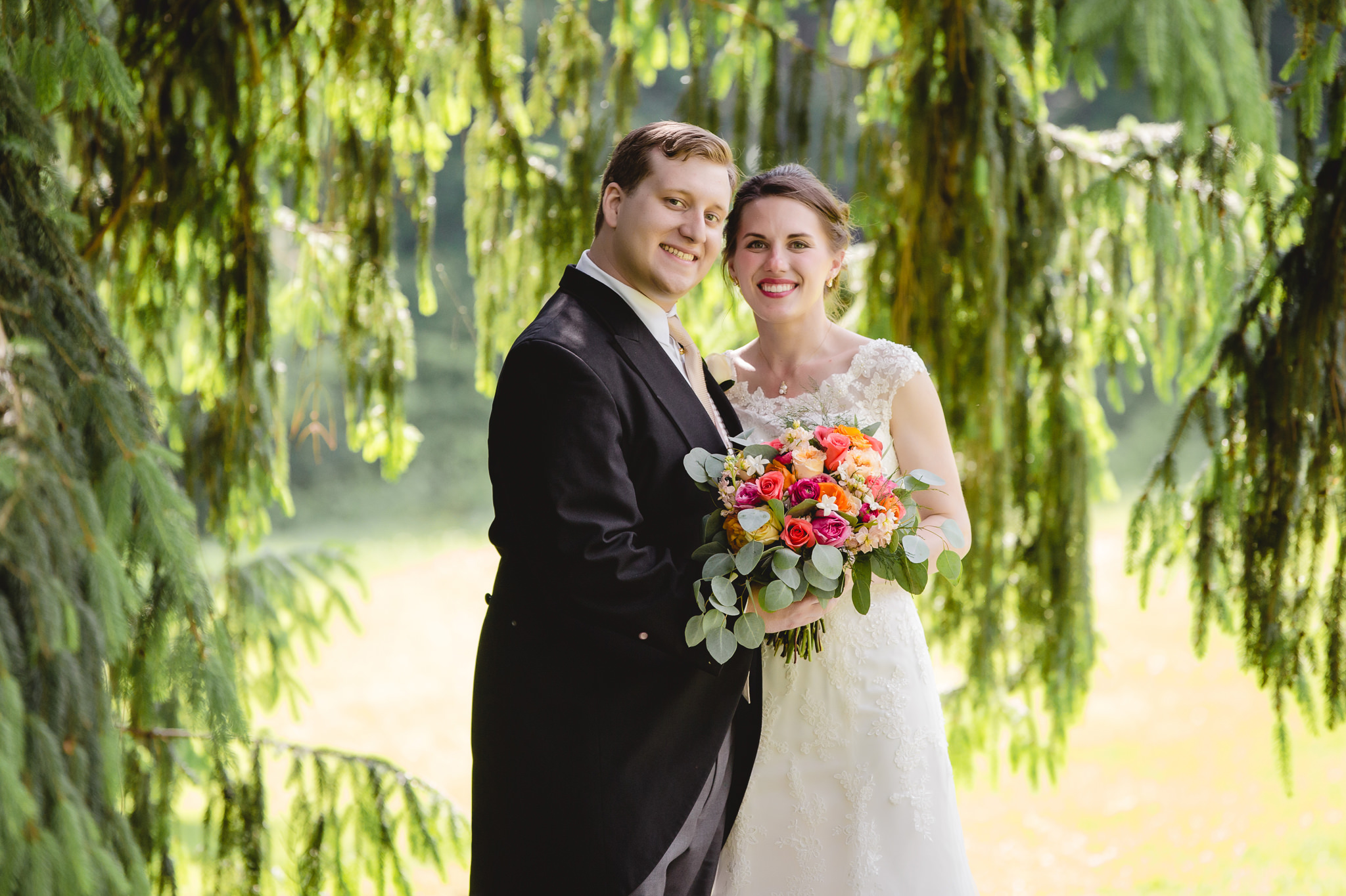 Bride & groom portraits at Shannopin Country Club in Pittsburgh PA