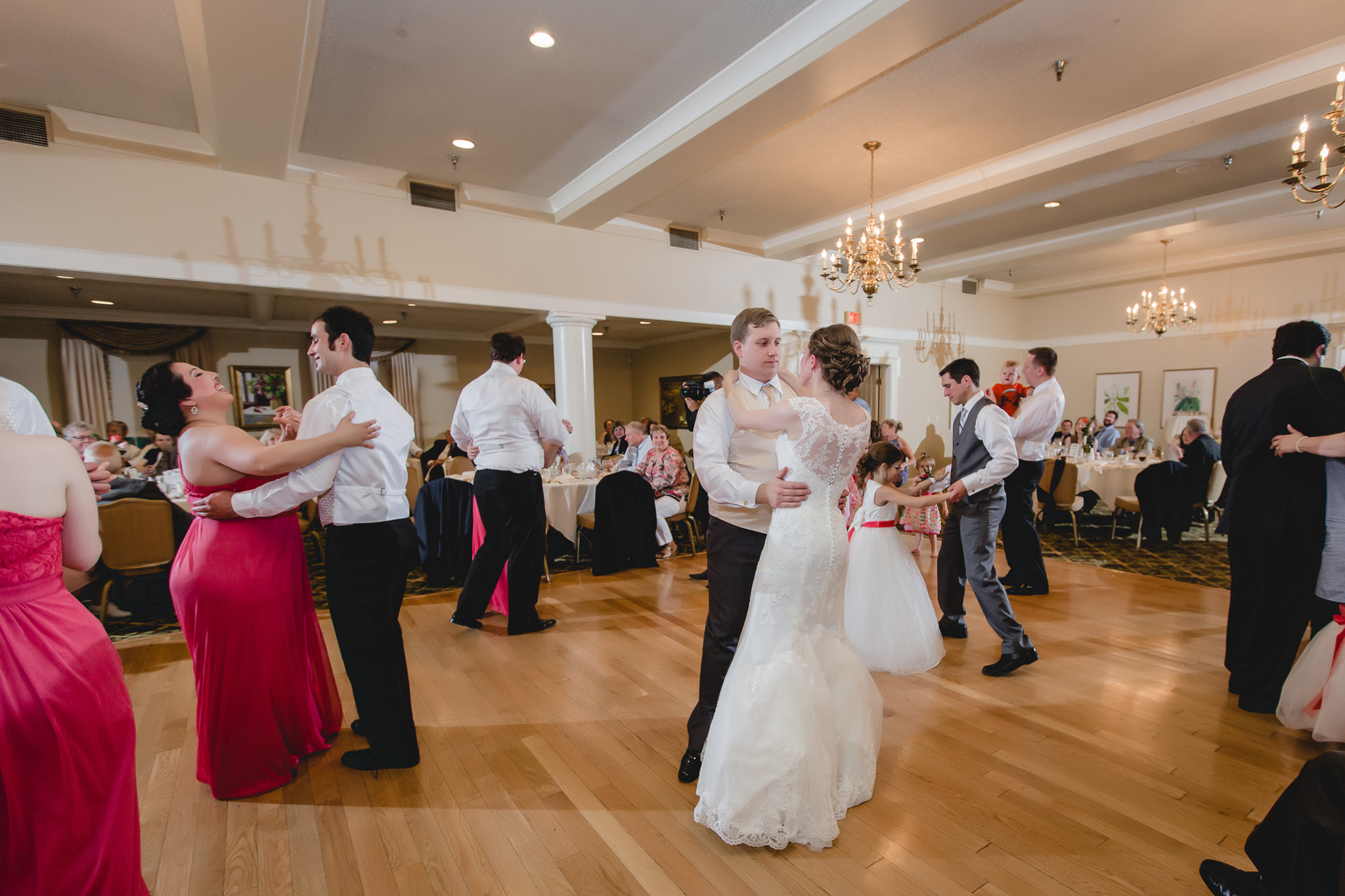 Bridal party dances at a Shannopin Country Club wedding reception
