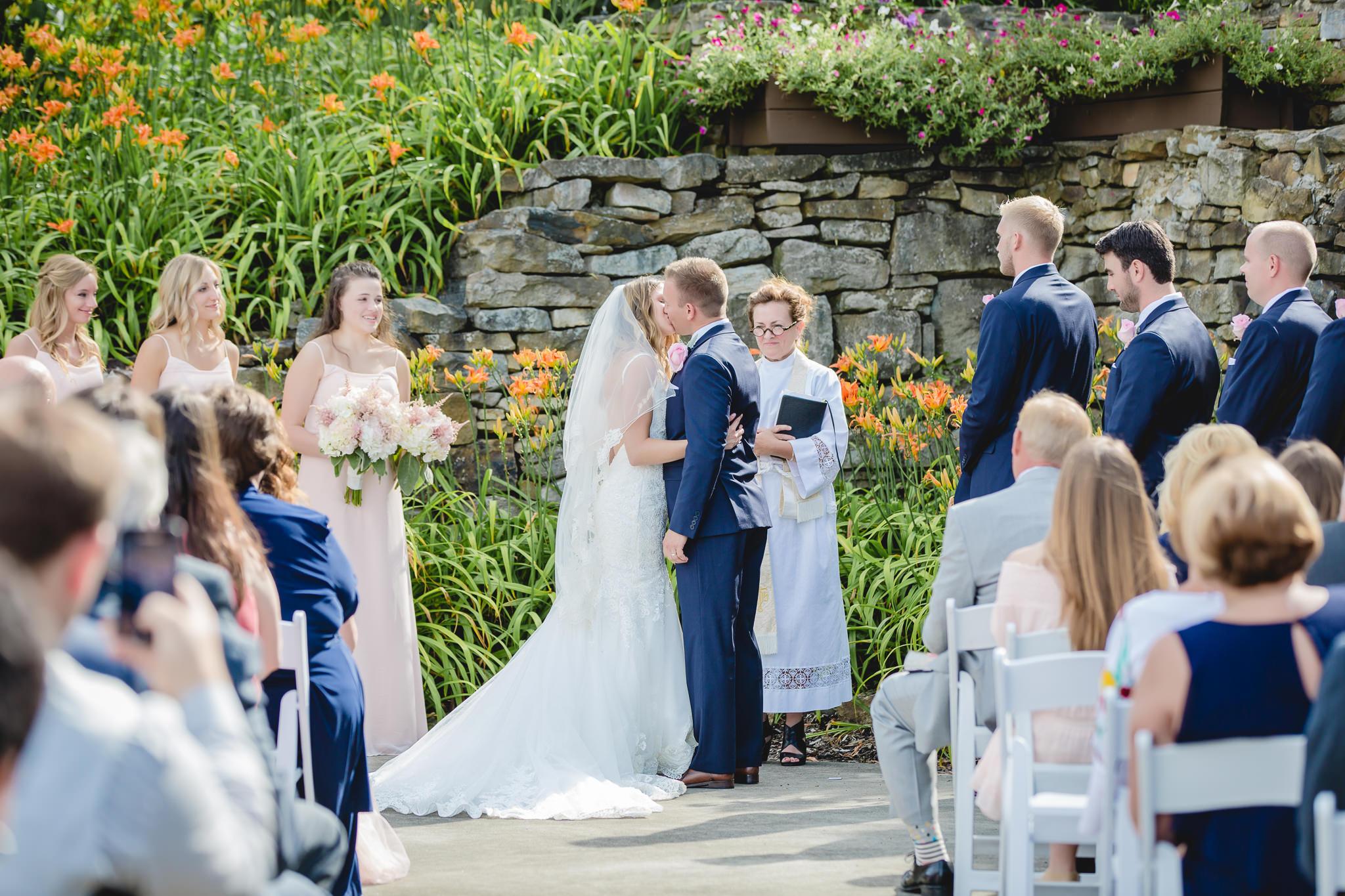 First kiss at a Hidden Valley Resort wedding