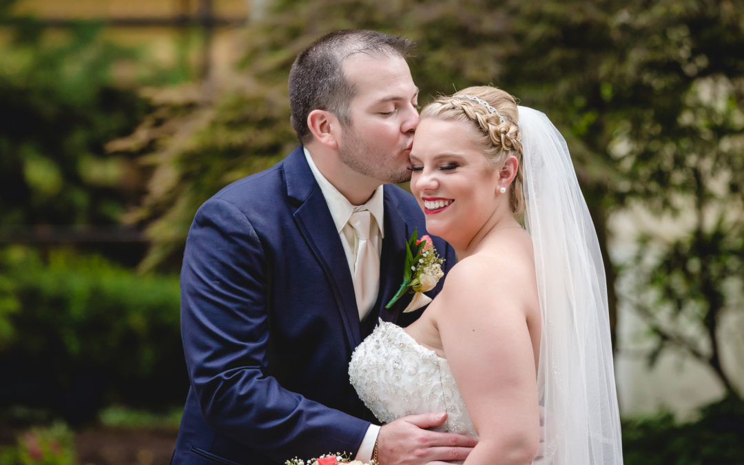 Pittsburgh Airport Marriott Courtyard Wedding | Emily & Nick
