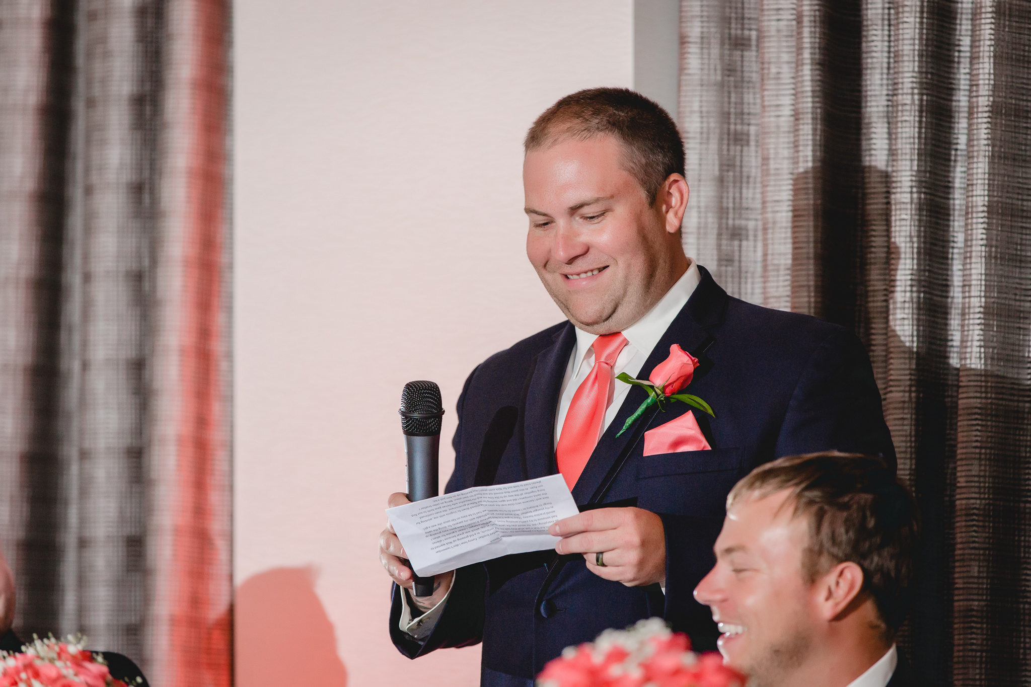 Best man gives a speech at the Pittsburgh Airport Marriott