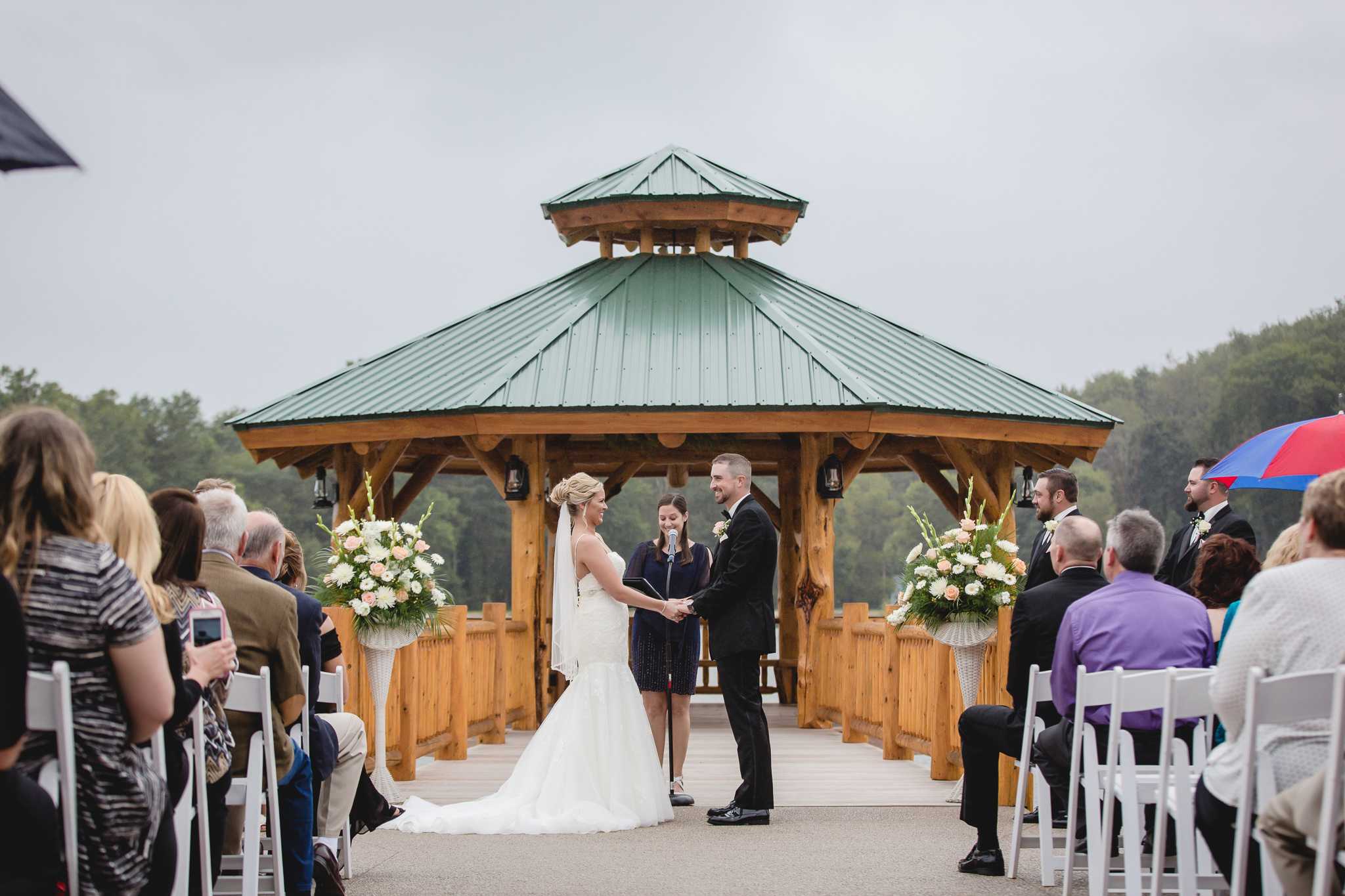 Outdoor wedding ceremony at the Gathering Place at Darlington Lake
