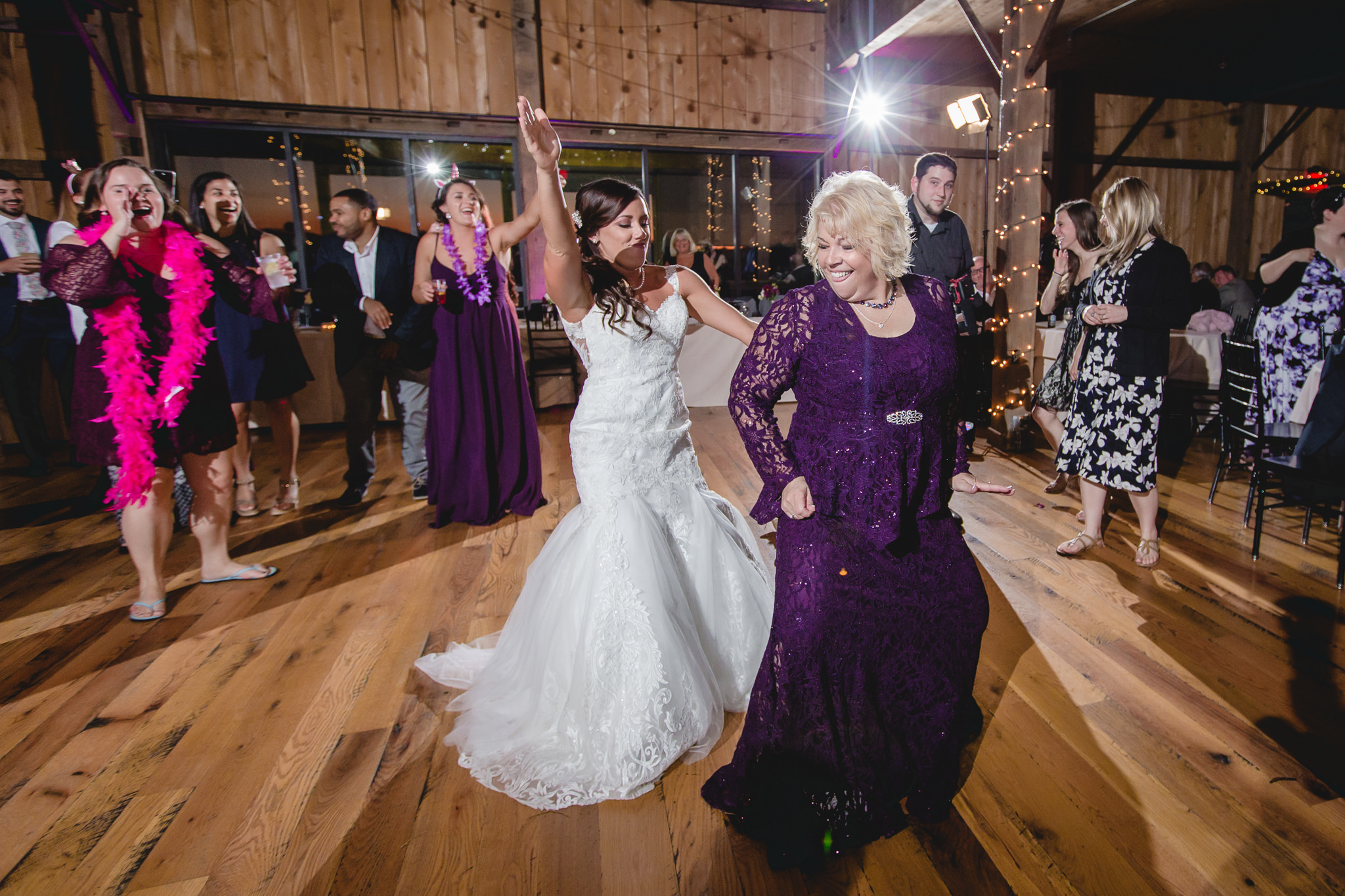 Bride dances with her mom at White Barn
